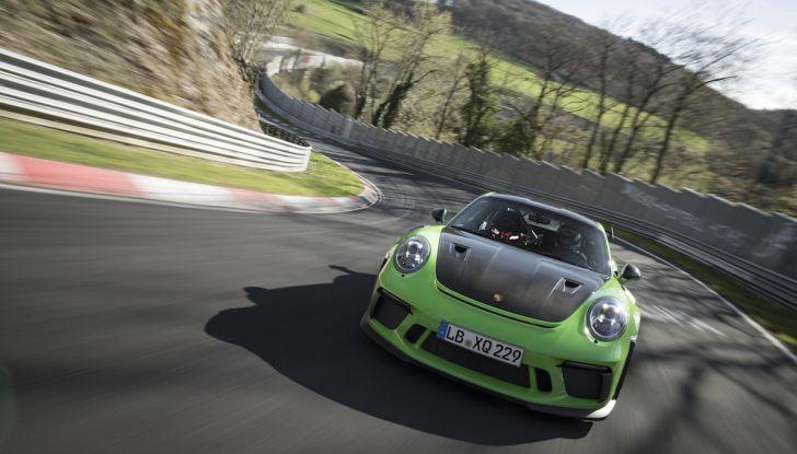 [VIDEO] Porsche 911 GT3 RS da record al Nürburgring in 6'56.4 - Foto 3 di 6