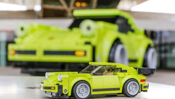 Porsche 911 Turbo, l'esemplare in LEGO al Museo Porsche di Stoccarda - Foto 2 di 5