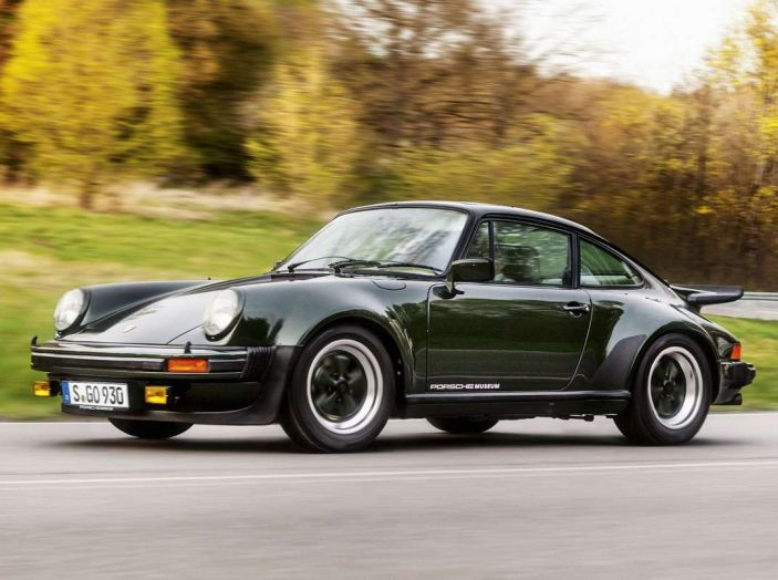 Porsche 911 Turbo, l'esemplare in LEGO al Museo Porsche di Stoccarda - Foto 5 di 5