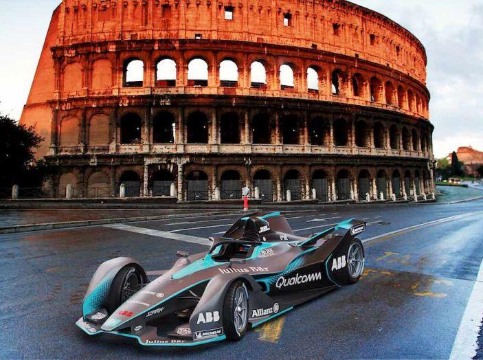 Porsche verso l'elettrico con il debutto in Formula E nel 2019 - Foto 3 di 4