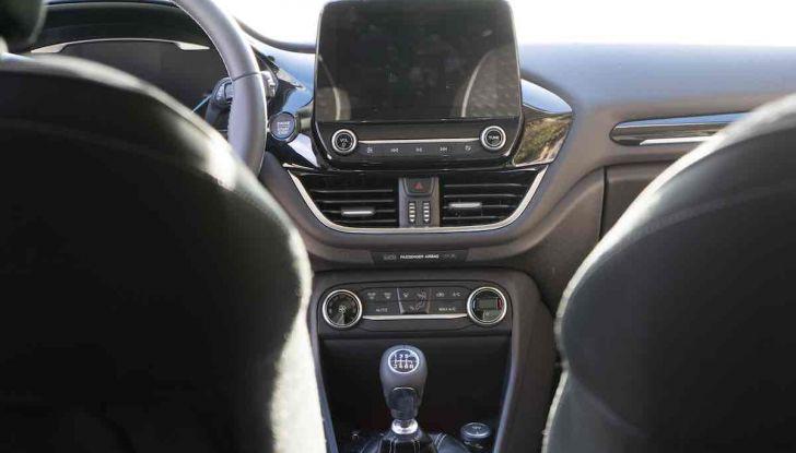Prova Ford Fiesta Titanium 2018: il 3 cilindri da 85CV per neopatentati [VIDEO] - Foto 29 di 33