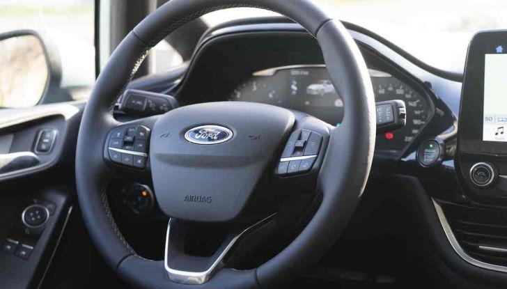 Prova Ford Fiesta Titanium 2018: il 3 cilindri da 85CV per neopatentati [VIDEO] - Foto 18 di 33