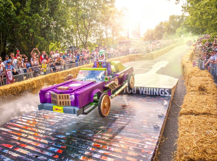 RedBull Soapbox Race, a Roma 70 folli equipaggi pronti a dare spettacolo - Foto 1 di 28