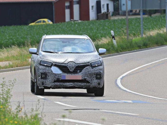 Renault Kadjar Facelift, immagini e informazioni tecniche - Foto 8 di 23