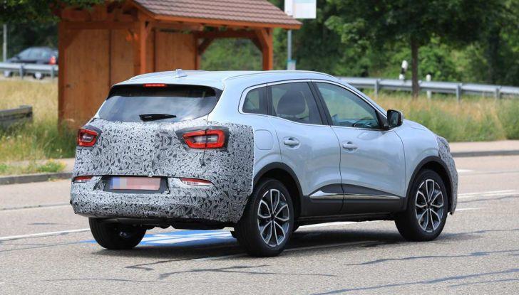 Renault Kadjar Facelift, immagini e informazioni tecniche - Foto 12 di 23