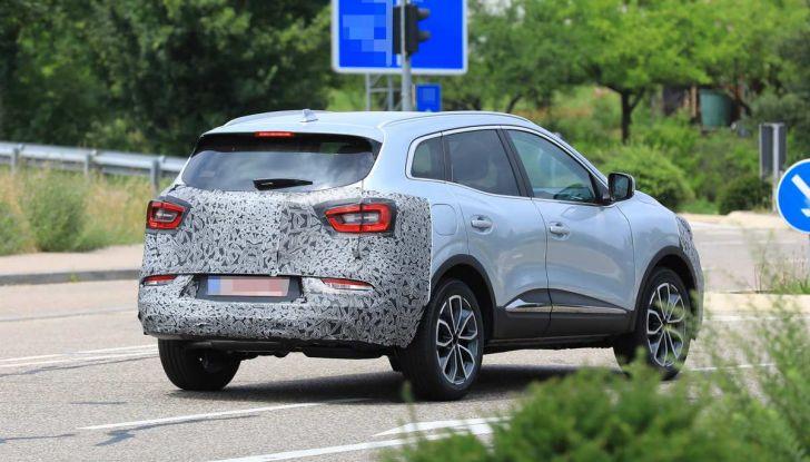 Renault Kadjar Facelift, immagini e informazioni tecniche - Foto 9 di 23