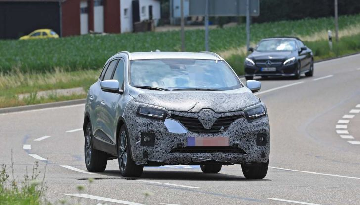 Renault Kadjar Facelift, immagini e informazioni tecniche - Foto 2 di 23