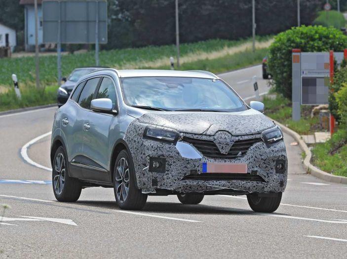 Renault Kadjar Facelift, immagini e informazioni tecniche - Foto 5 di 23