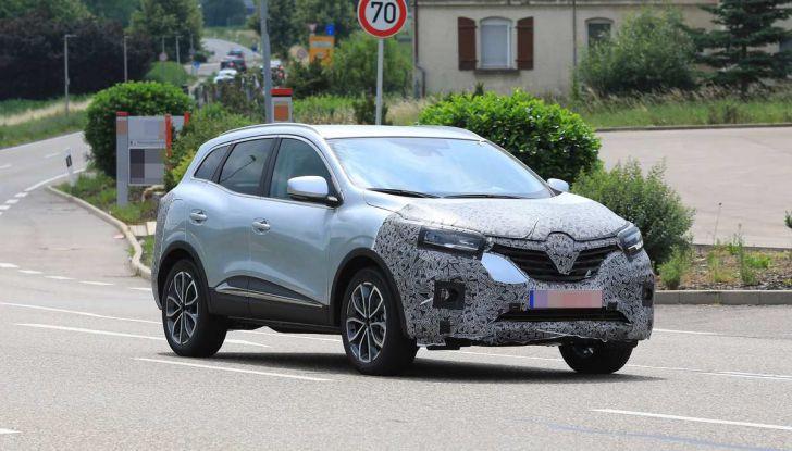 Renault Kadjar Facelift, immagini e informazioni tecniche - Foto 10 di 23