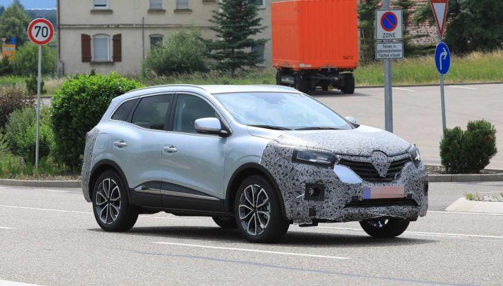 Renault Kadjar Facelift, immagini e informazioni tecniche - Foto 11 di 23