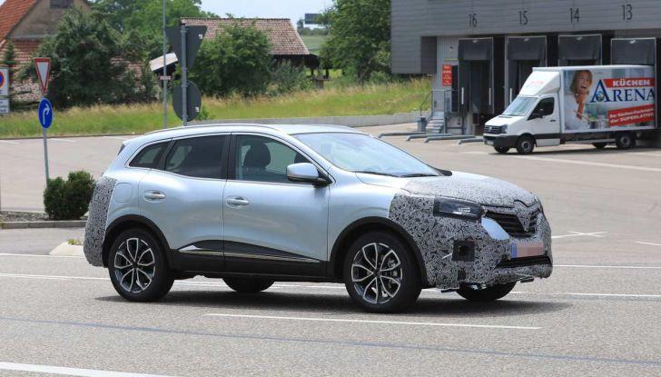 Renault Kadjar Facelift, immagini e informazioni tecniche - Foto 1 di 23