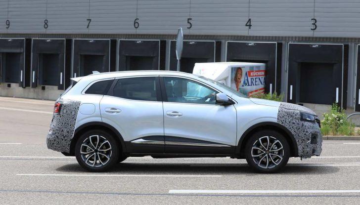 Renault Kadjar Facelift, immagini e informazioni tecniche - Foto 3 di 23