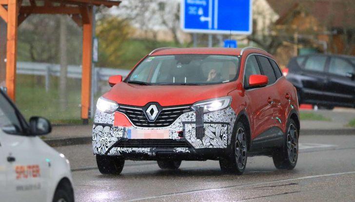 Renault Kadjar Facelift, immagini e informazioni tecniche - Foto 15 di 23