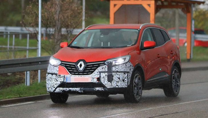 Renault Kadjar Facelift, immagini e informazioni tecniche - Foto 16 di 23