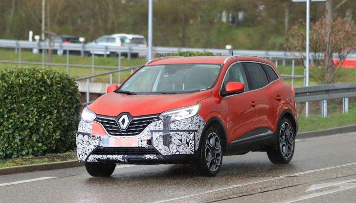 Renault Kadjar Facelift, immagini e informazioni tecniche - Foto 14 di 23