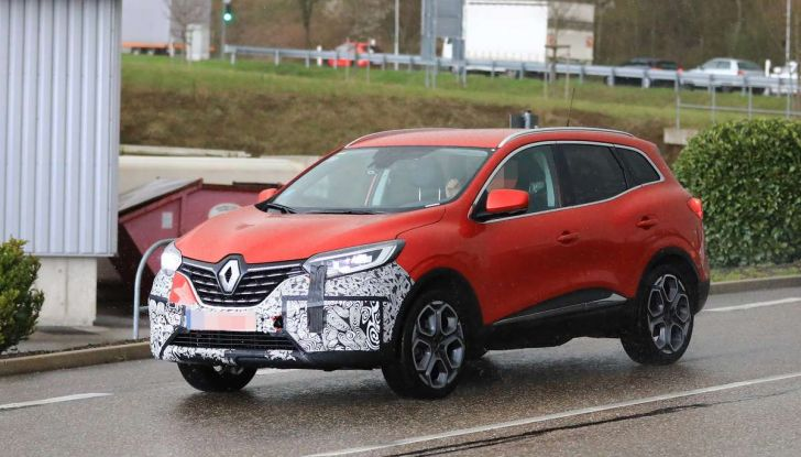 Renault Kadjar Facelift, immagini e informazioni tecniche - Foto 17 di 23
