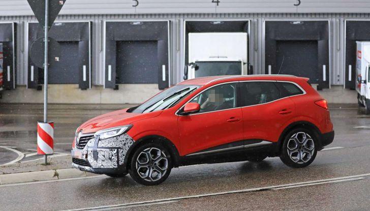 Renault Kadjar Facelift, immagini e informazioni tecniche - Foto 19 di 23