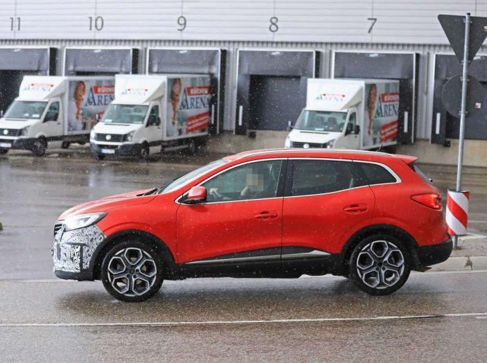 Renault Kadjar Facelift, immagini e informazioni tecniche - Foto 20 di 23