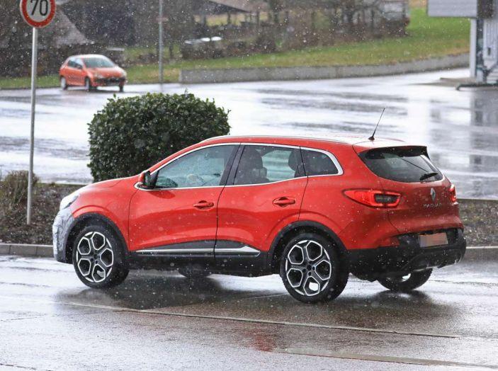 Renault Kadjar Facelift, immagini e informazioni tecniche - Foto 21 di 23