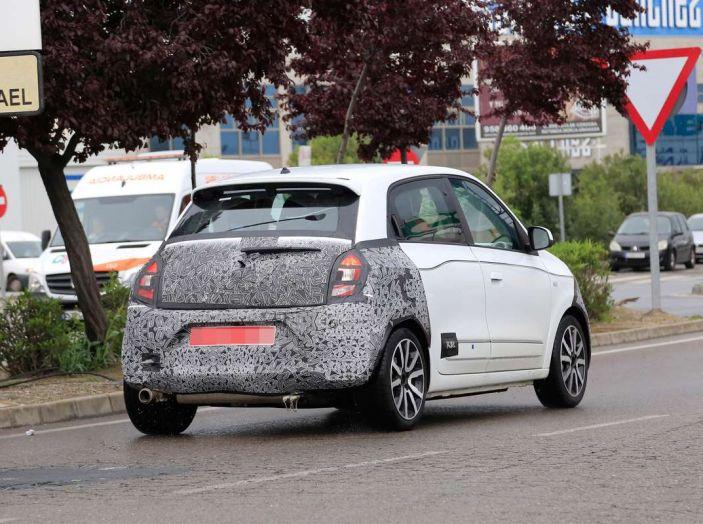 Renault Twingo Facelift 2019, l'aggiornamento di metà carriera - Foto 8 di 11