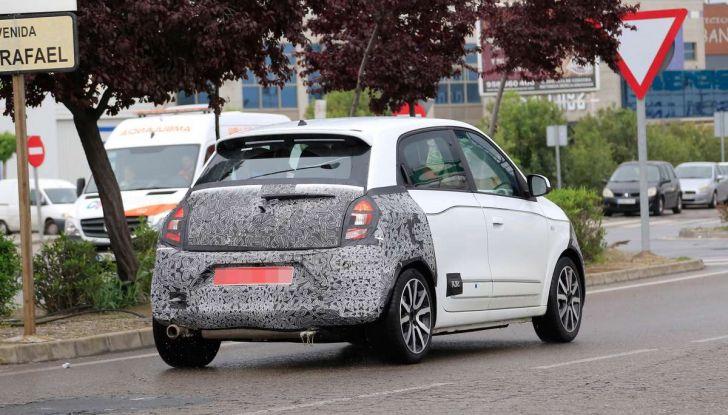 Fiat Panda e Renault Twingo diventano Gingo elettrica con la fusione FCA-Renault? - Foto 8 di 11