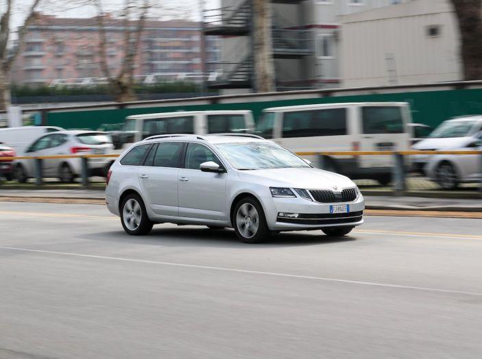 Prova Skoda Octavia Wagon G-TEC: comoda, ecologica e spaziosa! [VIDEO] - Foto 1 di 38