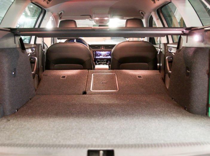 Prova Skoda Octavia Wagon G-TEC: comoda, ecologica e spaziosa! [VIDEO] - Foto 13 di 38