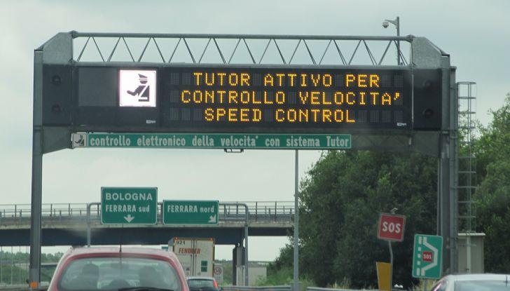 Autostrade, meno 2 punti patente per mancato pedaggio: è legale? - Foto 3 di 19
