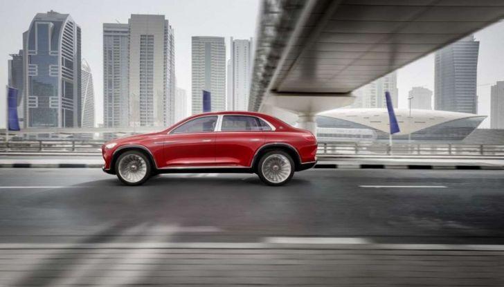 Vision Mercedes-Maybach Ultimate Luxury, il SUV di lusso dai materiali pregiati - Foto 7 di 14