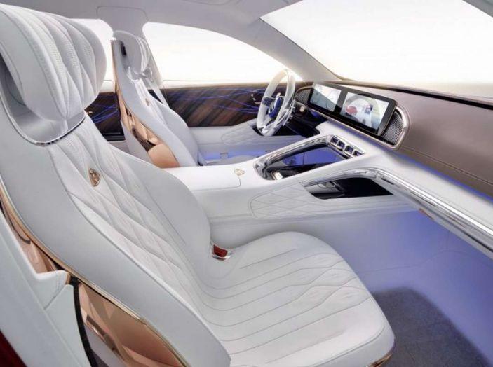Vision Mercedes-Maybach Ultimate Luxury, il SUV di lusso dai materiali pregiati - Foto 6 di 14