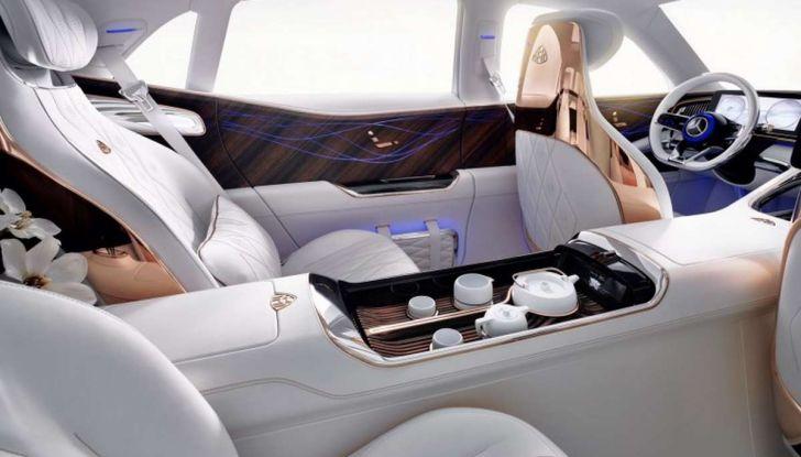 Vision Mercedes-Maybach Ultimate Luxury, il SUV di lusso dai materiali pregiati - Foto 4 di 14