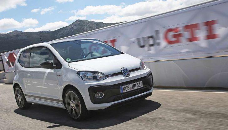 Volkswagen GTI, la gamma dalla up! alla Golf TCR - Foto 11 di 15
