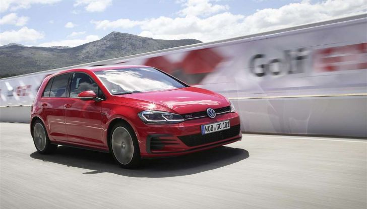 Volkswagen GTI, la gamma dalla up! alla Golf TCR - Foto 13 di 15