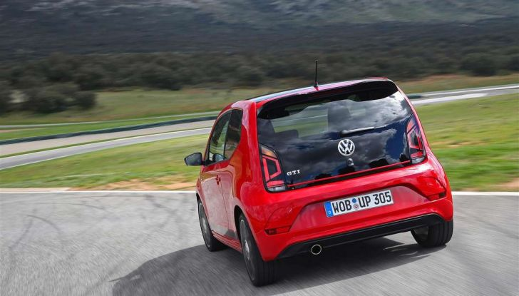 Volkswagen GTI, la gamma dalla up! alla Golf TCR - Foto 15 di 15