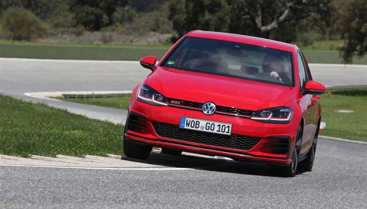 Volkswagen GTI, la gamma dalla up! alla Golf TCR - Foto 7 di 15