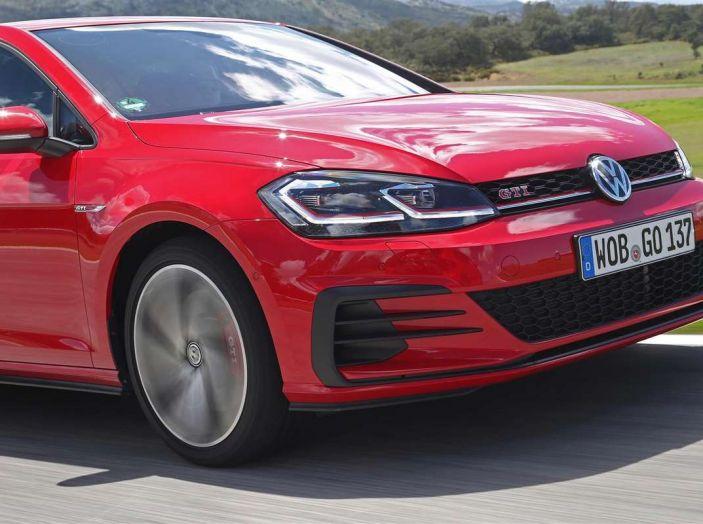 Volkswagen GTI, la gamma dalla up! alla Golf TCR - Foto 10 di 15