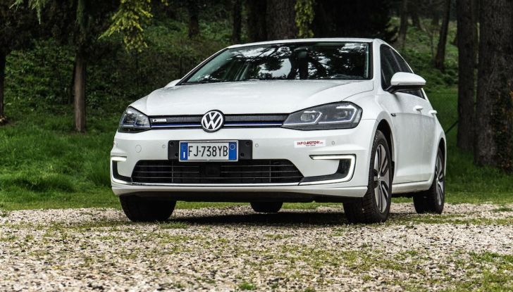 Prova Volkswagen e-Golf 2018: Tanta autonomia, comfort e stile! - Foto 3 di 27