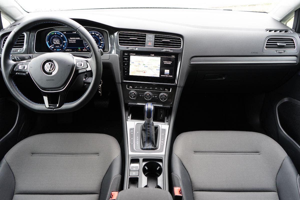 Volkswagen e-Golf 2018 Interni