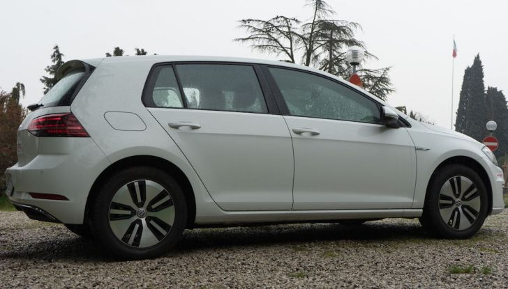 Prova Volkswagen e-Golf 2018: Tanta autonomia, comfort e stile! - Foto 26 di 27