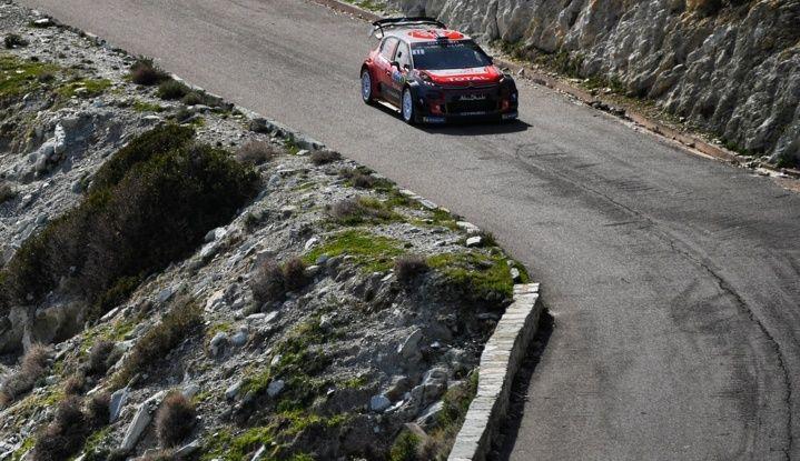 WRC Corsica 2018 – Giorno 2: vicende alterne per le Citroën C3 WRC. - Foto 9 di 11