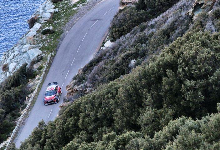 WRC Corsica 2018 – Giorno 2: vicende alterne per le Citroën C3 WRC. - Foto 2 di 11