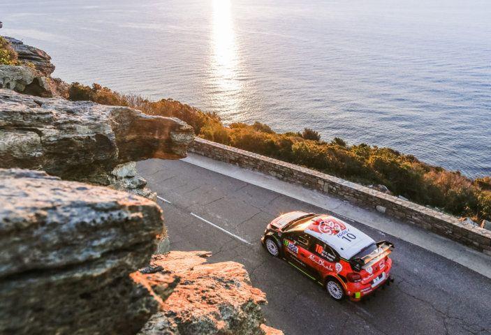 WRC Corsica 2018 – Giorno 2: vicende alterne per le Citroën C3 WRC. - Foto 1 di 11