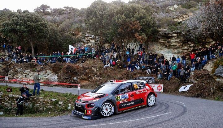 WRC Corsica 2018 – Giorno 2: vicende alterne per le Citroën C3 WRC. - Foto 5 di 11