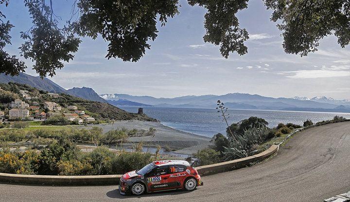 WRC Corsica 2018 – Giorno 2: vicende alterne per le Citroën C3 WRC. - Foto 7 di 11