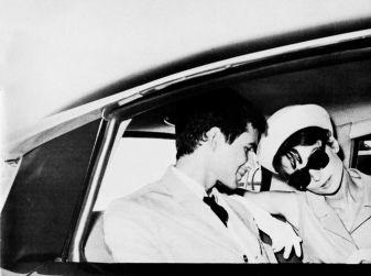 L'eleganza di Audrey Hepburn a bordo di DS 19