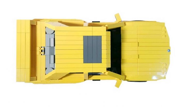 BMW M3 E30 in Lego, la sportiva fatta di mattoncini - Foto 13 di 18