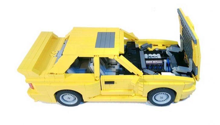 BMW M3 E30 in Lego, la sportiva fatta di mattoncini - Foto 15 di 18
