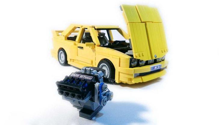 BMW M3 E30 in Lego, la sportiva fatta di mattoncini - Foto 7 di 18