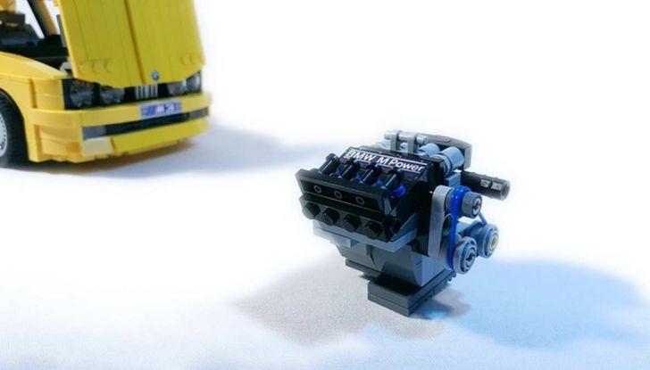 BMW M3 E30 in Lego, la sportiva fatta di mattoncini - Foto 17 di 18