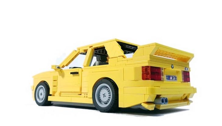 BMW M3 E30 in Lego, la sportiva fatta di mattoncini - Foto 3 di 18